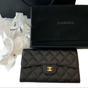 💎✨CHECKBOOK✨💎Chanel Quilted Long Wallet Lambskin